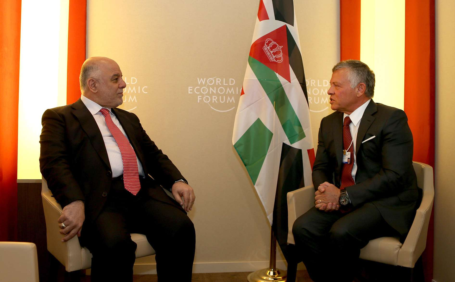 Jordanian King Abdullah II meeting with Iraqi Prime Minister Haider al-Abadi during the annual World Economic Forum (WEF) in Davos, eastern Switzerland, on January 24. (Jordanian Royal Palace)