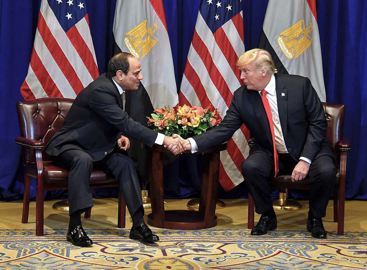 Egyptian President Abdel Fattah al-Sisi (L) and US President Donald Trump during a bilateral meeting in New York, on September 24.			                         (Egyptian Presidency)
