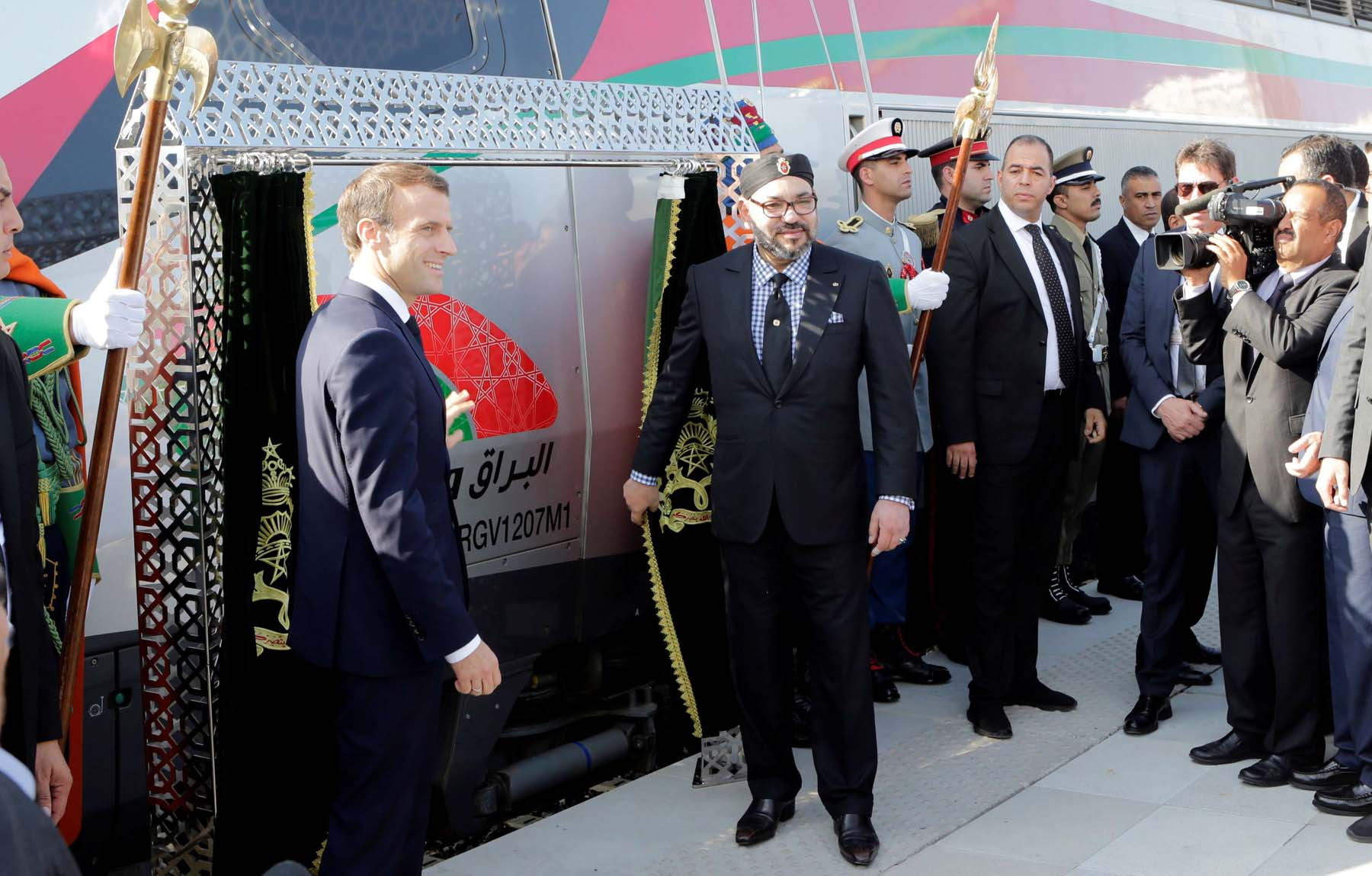 French President Emmanuel  Macron (L) and Moroccan King  Mohammed VI attend the  launch ceremony of Africa's first  high-speed train (LGV) in Tangier, on  November 15. (Reuters)