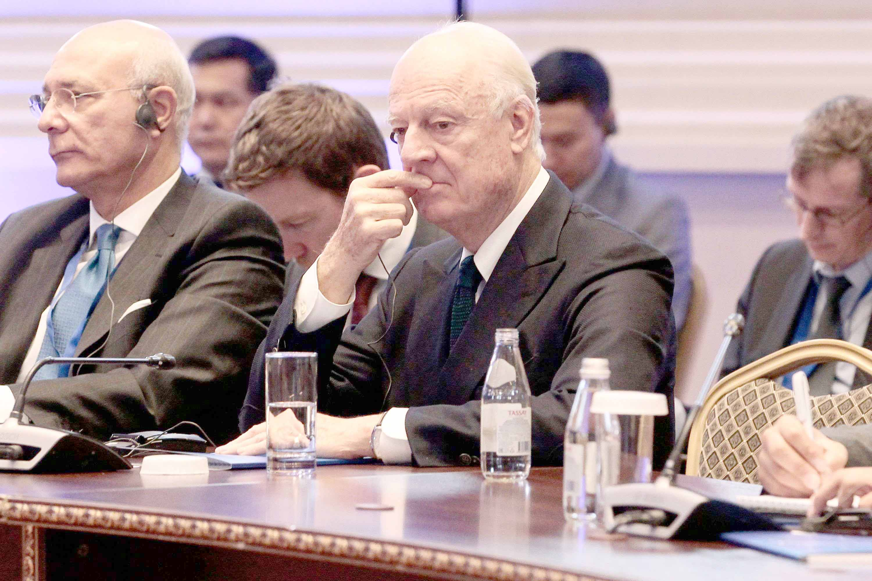 In deadlock. UN Special Envoy for Syria Staffan de Mistura (C) attends the plenary session of Syria peace talks in Astana, on November 29. (AFP)
