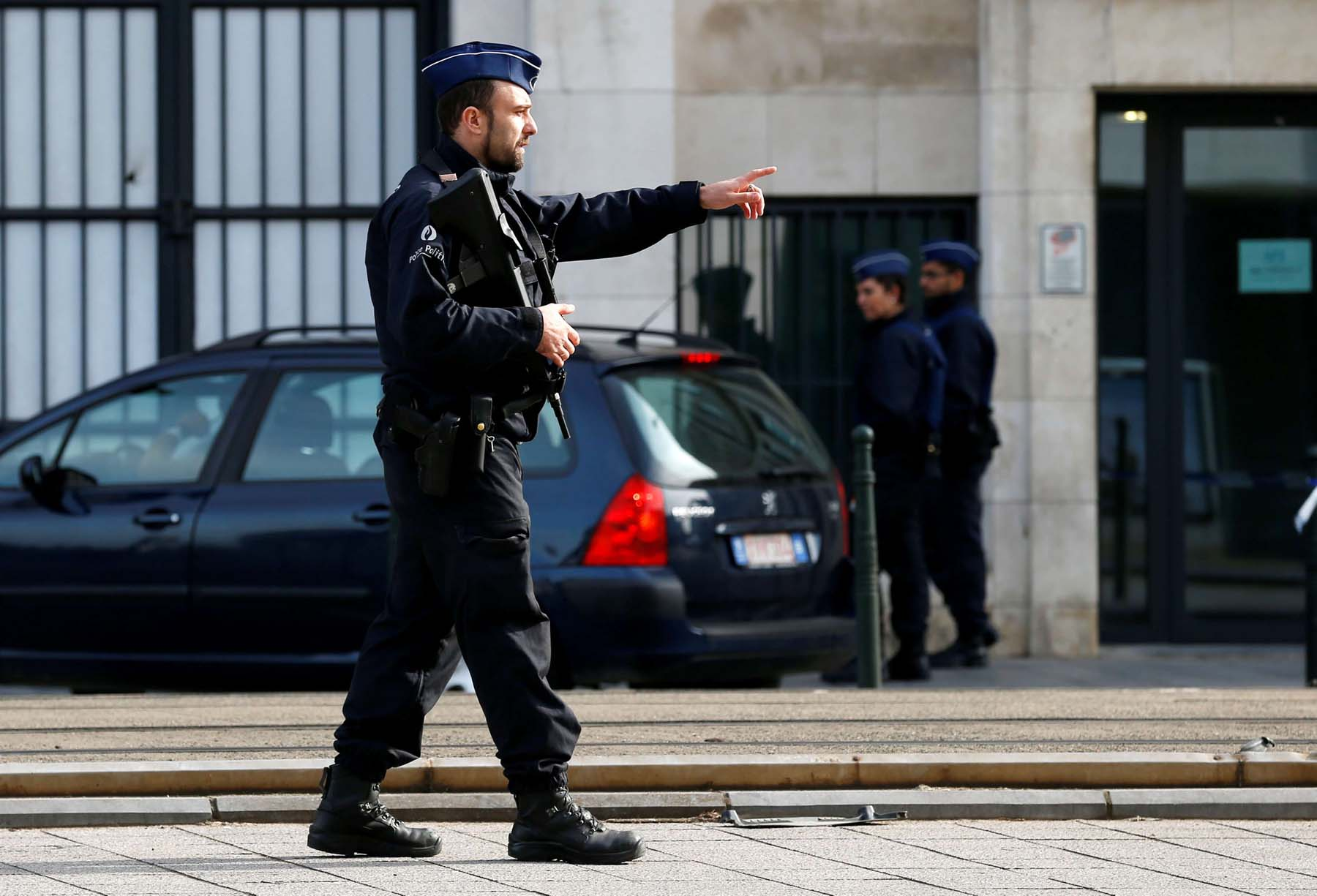 Second wave. A 2017 file picture shows a Belgian police officer standing guard outside the court where French jihadist Mehdi Nemmouche appears in front of a judge in Brussels.                (Reuters)