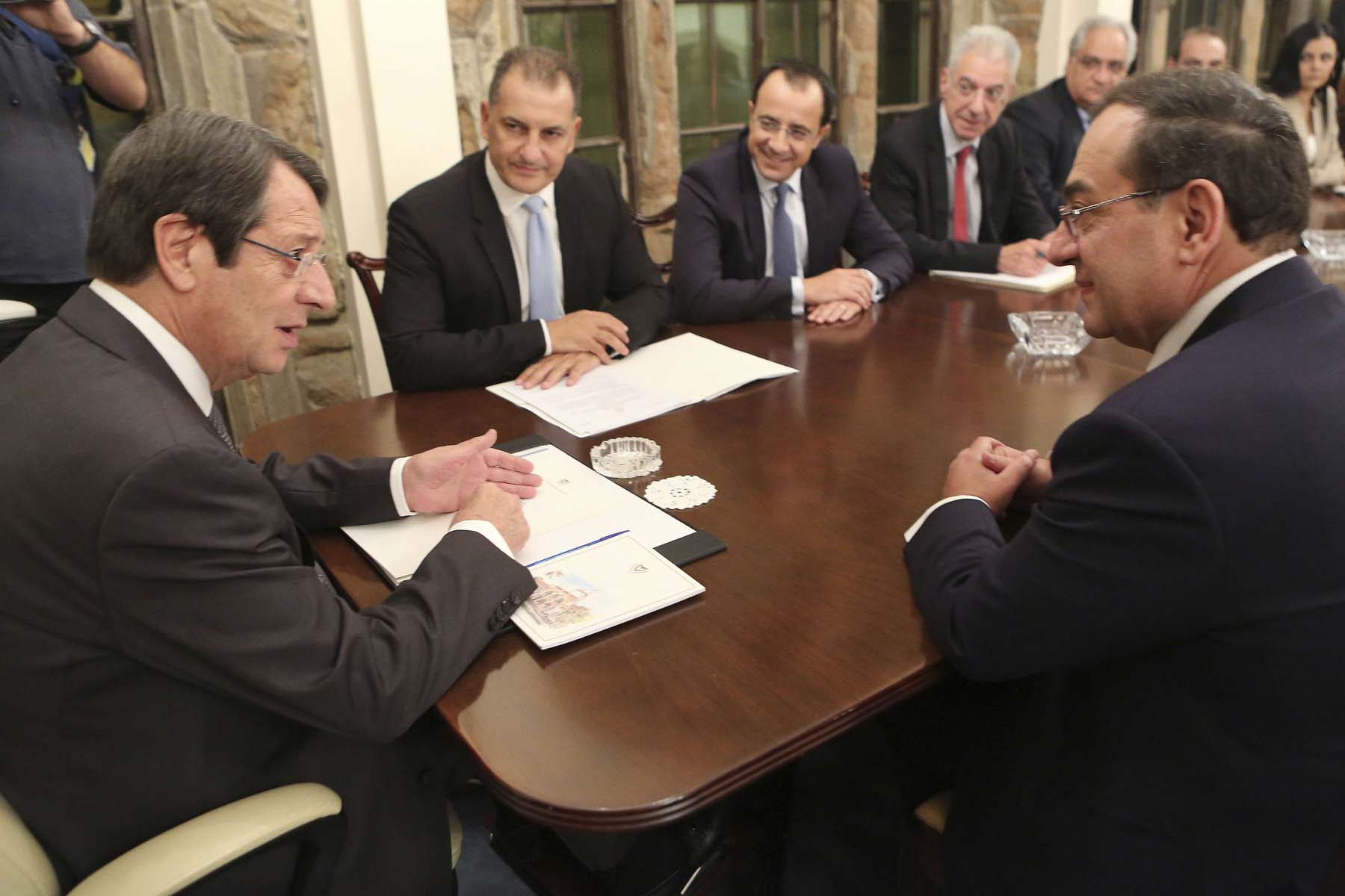 Ambitions and challenges. Cypriot President Nicos Anastasiades (L) talks with Egyptian Oil Minister Tarek el-Molla (R) during a meeting at the presidential palace in Nicosia.                                                               (AP)