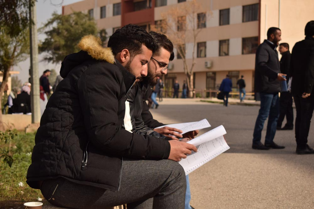 Down in the dumps. Iraqi students in the University of Mosul, January 16. (Moamin al-Obeidi)