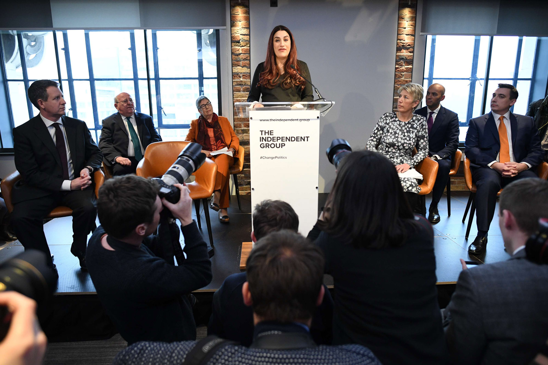 Labour MP Luciana Berger (C) who has announced her resignation during a press conference at County Hall, on February 18, 2019. (DPA)