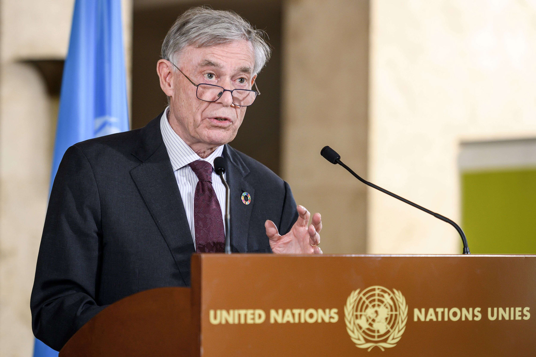 UN Special Envoy Horst Kohler speaks in Geneva following a 2-day round of talks on ending the Western Sahara conflict, March 22. (AFP)