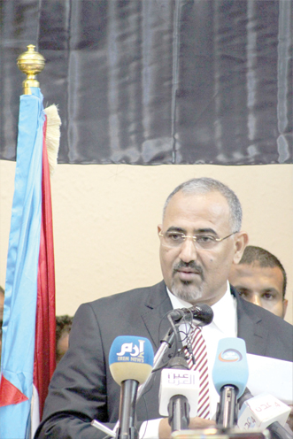 For an inclusive approach. President of the Southern Transitional Council (STC) Aidarus al-Zoubaidi speaks at the STC national assembly meeting in Mukalla, February 16. (AFP)