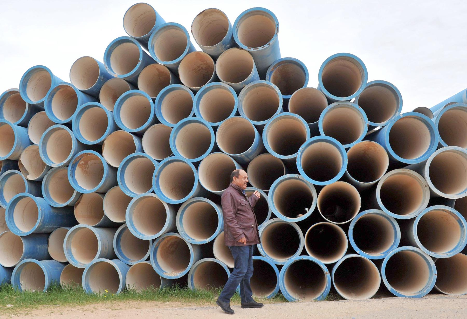Water pipes wait to be installed at the Zintan water pumping station, March 27. (AFP)