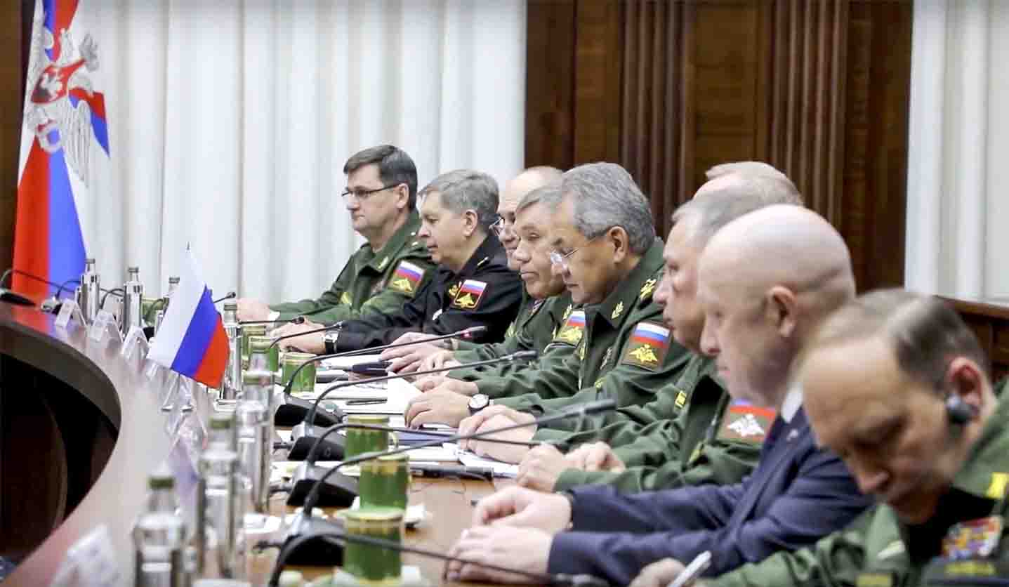 Long-term ambitions. A 2018 file picture shows Russian military officials during their meeting with Libyan Field-Marshal Khalifa  Haftar in Moscow. (AP)