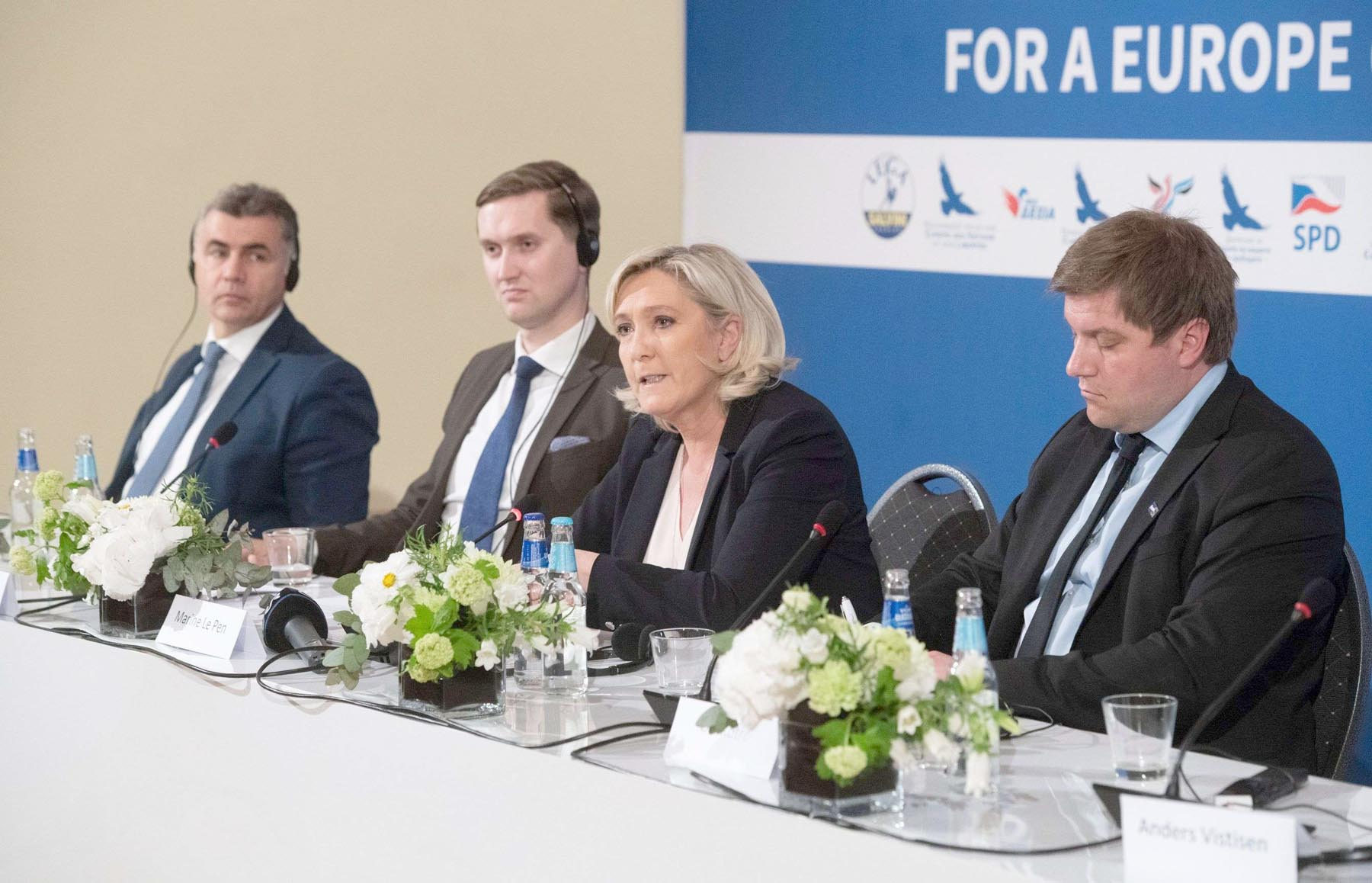 New bloc. (L-R): Manuel Vescovi of Italy's League; Jaak Madison, deputy chairman of the Conservative People's Party of Estonia; French far-right National Rally party leader Marine Le Pen; and Finns Party member Olli Kotro, a candidate in the European Parliament elections, give a news conference in Tallinn, Estonia, May 14.      (AFP)