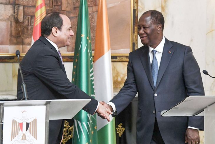 Rebuilding bridges. Ivorian President Alassane Ouattara (R) and Egyptian President Abdel Fattah al-Sisi during a news conference in Abidjan, April 11. (AFP)
