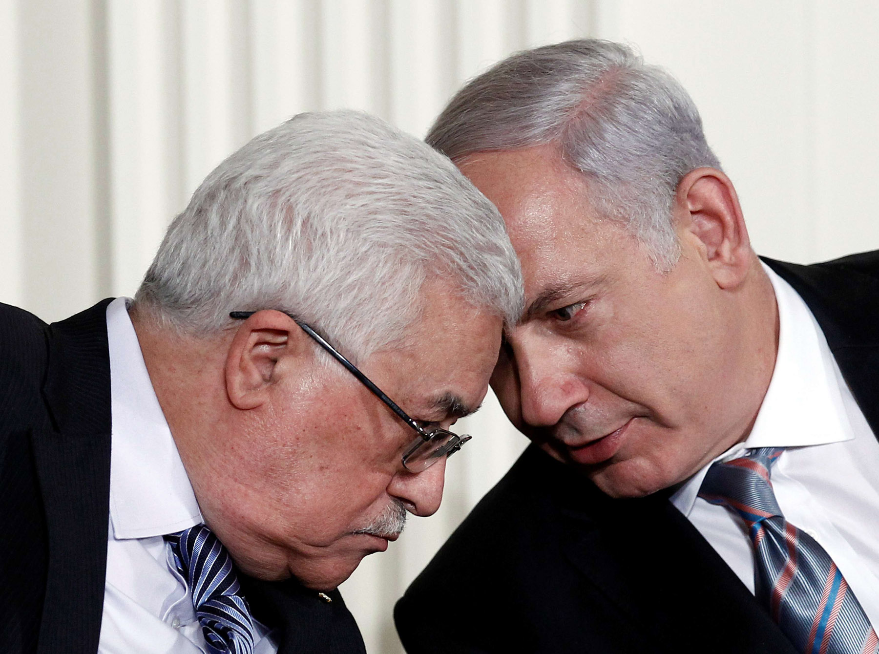 A 2010 file picture shows Israeli Prime Minister Binyamin Netanyahu (R) and Palestinian President Mahmoud Abbas speaking during an event at the White House in Washington. (Reuters)