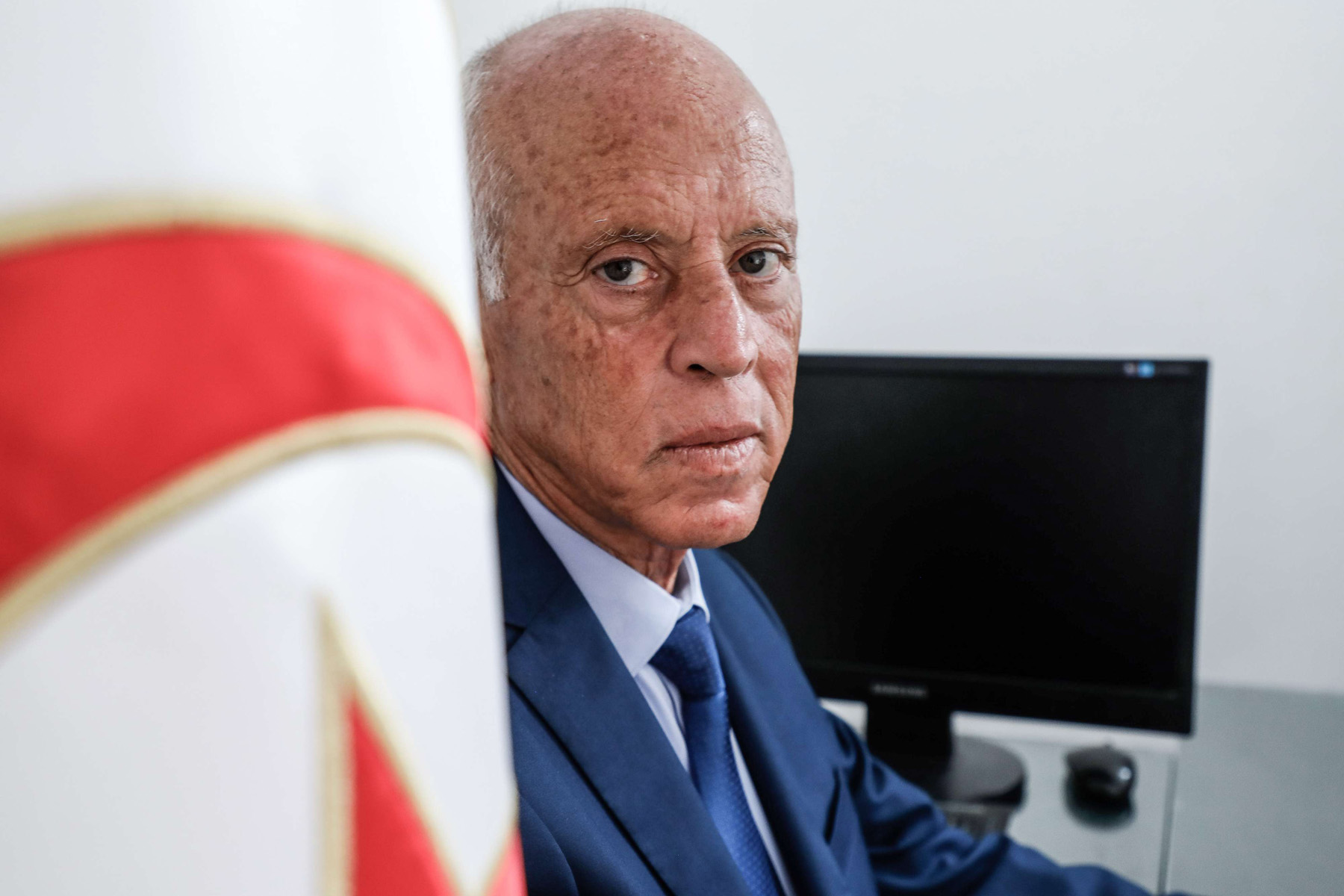 Presidential candidate Kais Saied, Tunisian jurist and professor of constitutional law, poses for a picture at his office in Tunis, Semptember 16. (dpa)