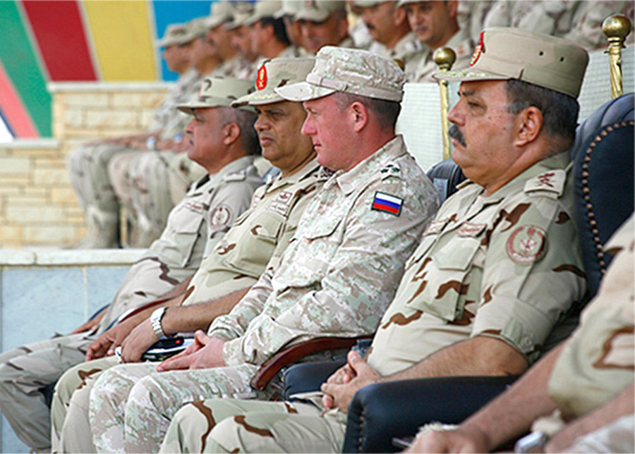 Russian and Egyptian military leaders watch the opening ceremony of the Russian-Egyptian military exercise Arrow of Friendship 1 at a base near Cairo. (Russian Defence Ministry)