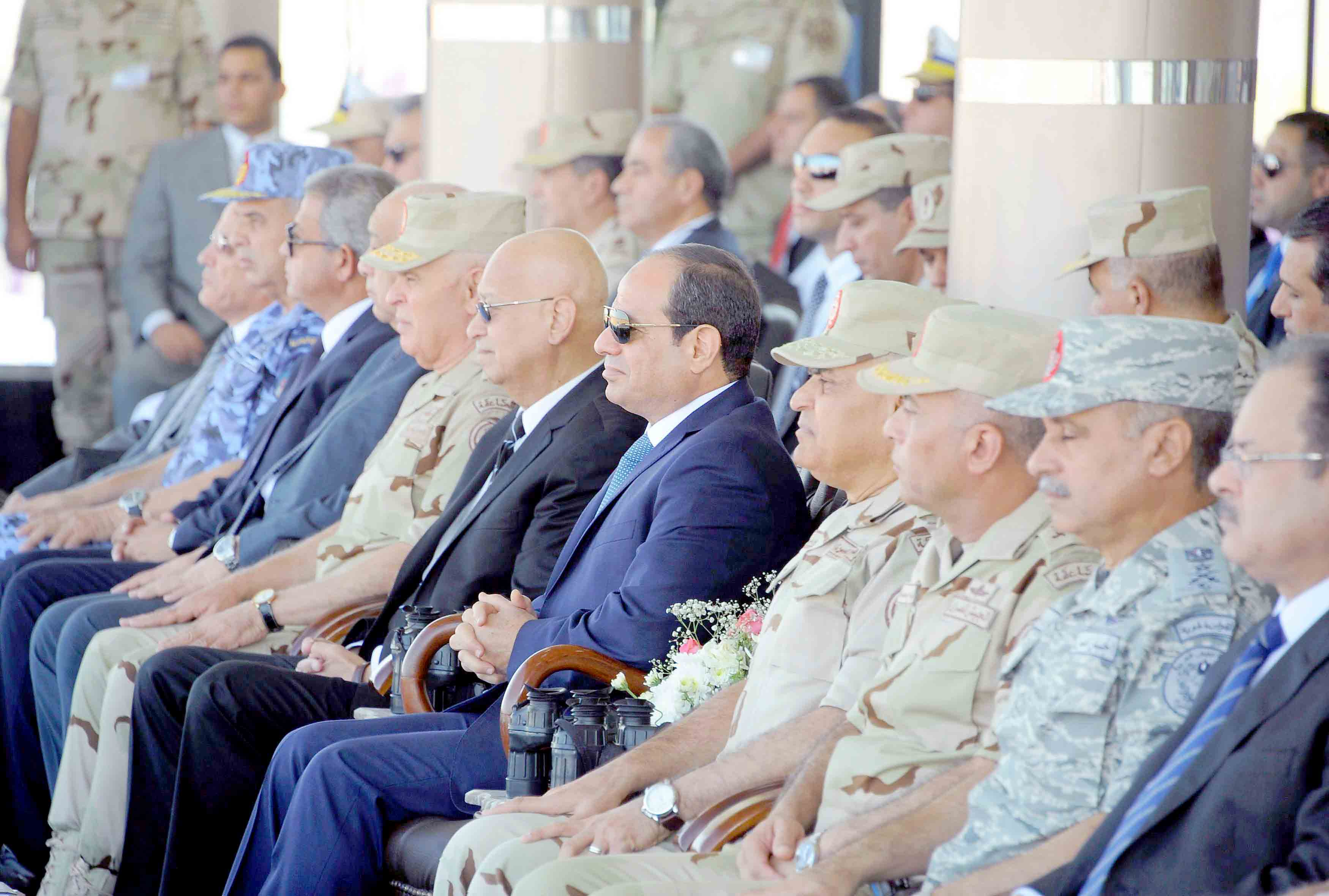 Egyptian President Abdel Fattah al-Sisi (C) attends a presentation of combat efficiency of the armed forces in Suez, Egypt. (Reuters)