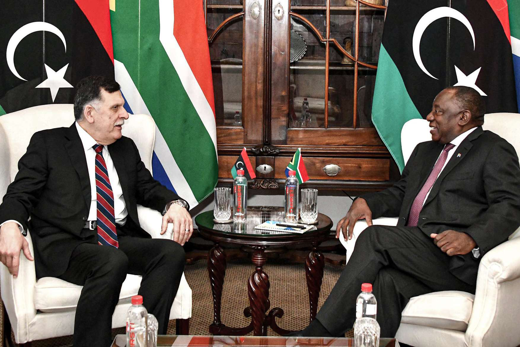 South African President Cyril Ramaphosa (R) speaks with Fayez Sarraj, head of the UN-recognised Government of National Accord (GNA), March 10. (DPA)