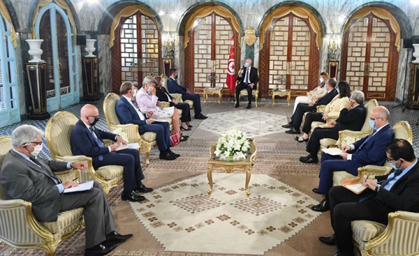 Italian, EU and Tunisian delegations during their meeting, August 17, with Tunisian President Kais Saied in Carthage. (Tunisian Presidency)