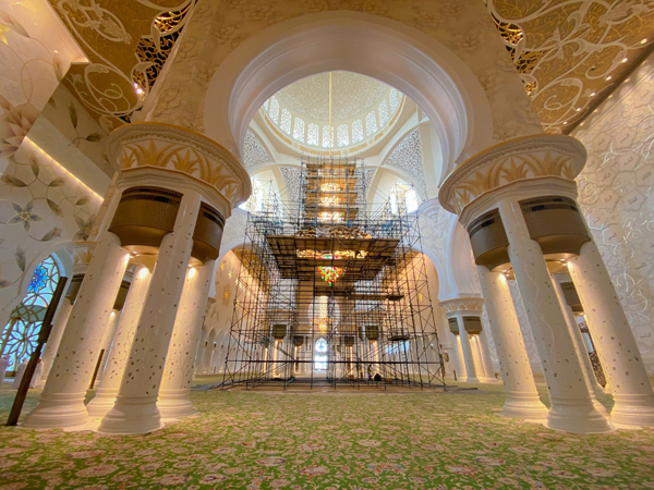 Sheikh Zayed Grand Mosque contains seven multi-sized chandeliers. (wam)