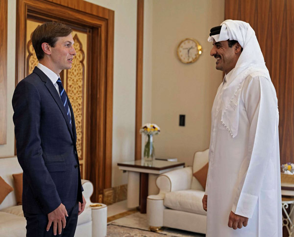 Senior Adviser to the White House Jared Kushner (L) meets with Qatar's ruler Emir Sheikh Tamim bin Hamad al-Thani in the Qatari capital Doha, last September. (QUNA/AFP)