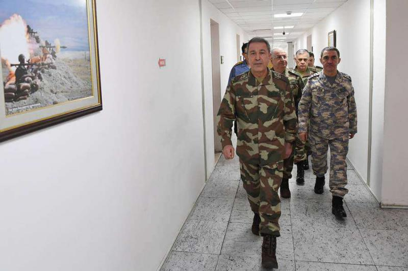 Turkey's Chief of General Staff General Hulusi Akar (L) arrives to discuss the Operation Olive Branch in Afrin at Turkey's  General Staff Headquarters in Ankara, on January 20.  (Turkish Armed Forces)