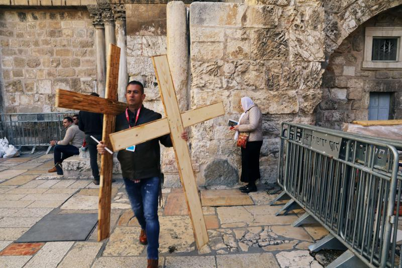 Jerusalem row rekindles tensions over Christian holy sites | AW staff | AW