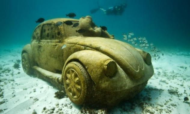 A car statue at Egypt's Underwater Museum.                (Ahmed Megahid)