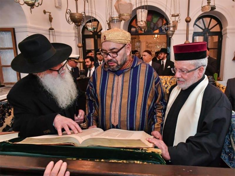 Moroccan king visits Jewish heritage site, promotes coexistence