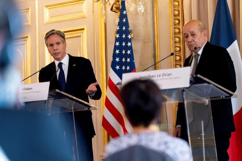 US Secretary of State Antony Blinken speaks with French Foreign Affairs Minister Jean-Yves Le Drian at a news conference in Paris, France, June 25, 2021. (REUTERS)