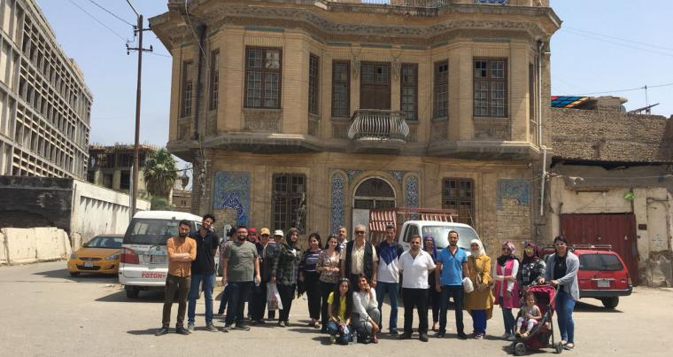 Reviving memories. A group of tourists prepares to tour Baghdad historic quarters as part of the Baghdad Downtown initiative. (Oumayma Omar)