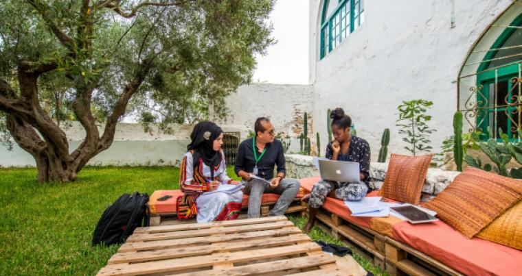 Fadhila Bechar (L) and Victoria Adukwei  Bulley (R) at the translation workshop in Tunisia. (Courtesy of The British Council)