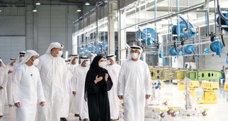 Sheikh Mohamed bin Zayed Al Nahyan during tour of Strata. (WAM)