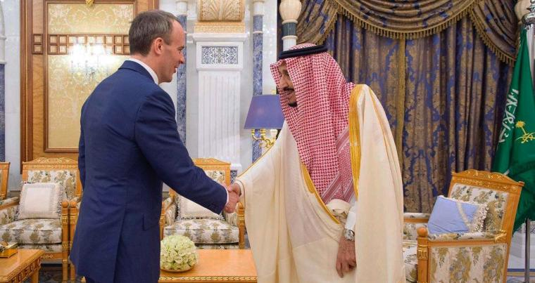 Saudi King Salman bin Abdulaziz receives Britain's Secretary of State for Foreign Affairs Dominic Raab, in Riyadh, Saudi Arabia March 5, 2020. (Reuters)